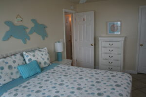 BeachBar2_Bedroom1View2