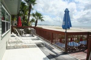 BeachBar2_Deck2